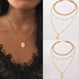 Triple layer choker necklace